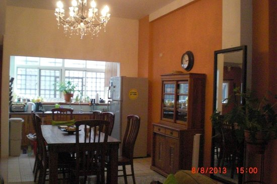 Delise's House: dining area