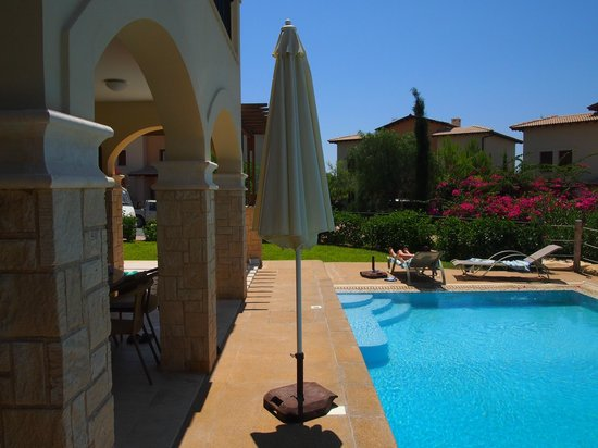 Aphrodite Hills Golf & Spa Resort Residences: Pool