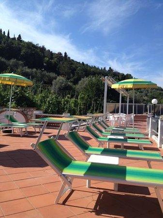 Hotel Il Girasole: solarium
