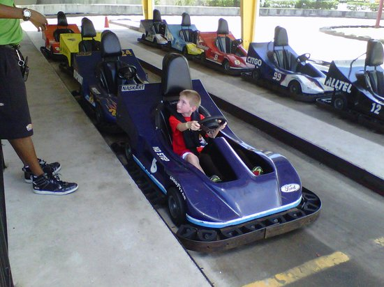 Andretti Thrill Park: kid-friendly go-kart