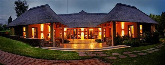 Valley Lodge & Spa: Superior room exterior