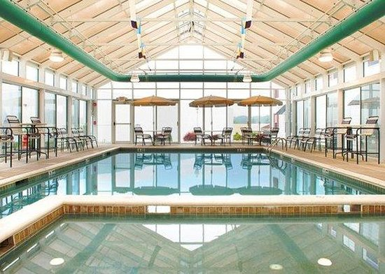 The Suites at Hershey: Pool