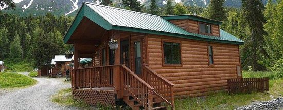 Gwin's Lodge and Restaurant, Historic Roadhouse and cabin rentals: NXGWLRSprucechalet
