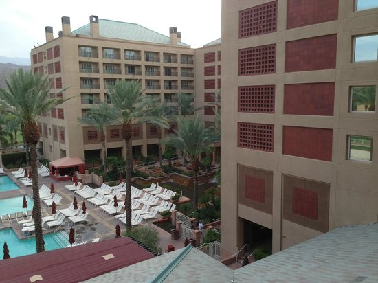 Renaissance Indian Wells Resort & Spa: View from room (from balcony)