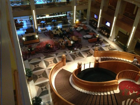 Renaissance Indian Wells Resort & Spa: View on the first floor