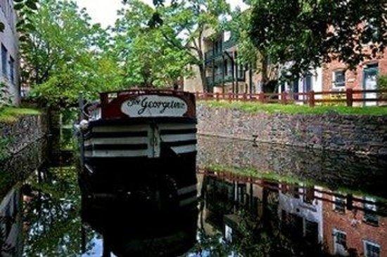 Canal Inn: The Canal