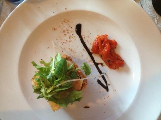 Le Cabanon des Pecheurs : tartare de saumon mi- cuit et St. Jacques