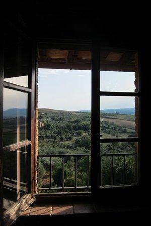 Residenza Il Poggiolo: Charming windows