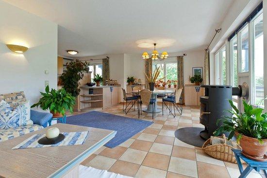 Landhotel am Rothenberg: Wohnraum im Gästehaus