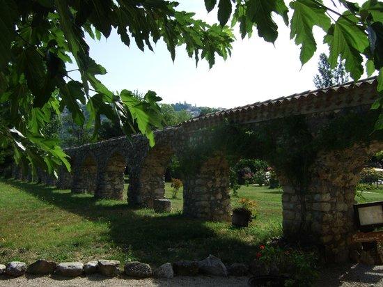 Moulin de la Camandoule : Ehemaliges Aquädukt zur Mühle...