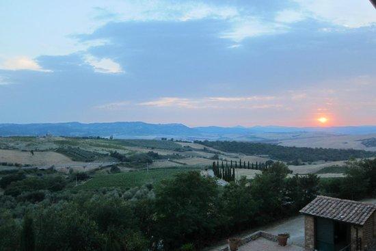 Residenza Il Poggiolo: Tuscan Sunset