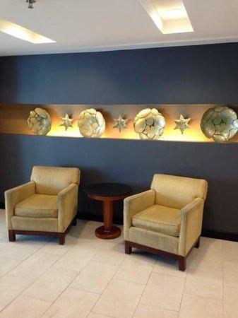 Crowne Plaza Tampa Westshore: lobby