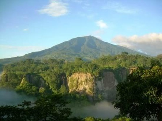 Bukittinggi, Indonesien: tebing Ngarai