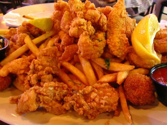 Island Time Bar & Grill: Seafood Platters
