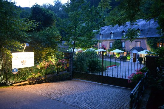 Auberge du Moulin Hideux: L'entrée