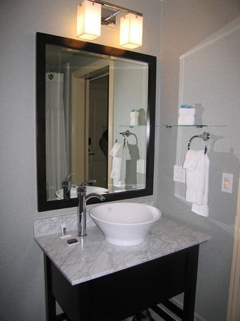 Hotel Shattuck Plaza: Bathroom