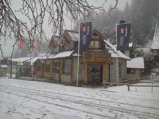 Llao Llao Hotel and Resort, Golf-Spa: Refugio Llao Llao, Base Cerro Catedral, Invierno 2013