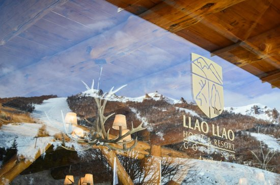 Llao Llao Hotel and Resort, Golf-Spa: Cerro catedral, Refugio Llao Llao