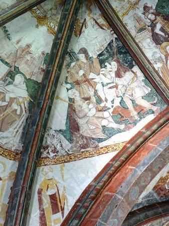 Chateau Pimpean: countrymen celebrate jesus
