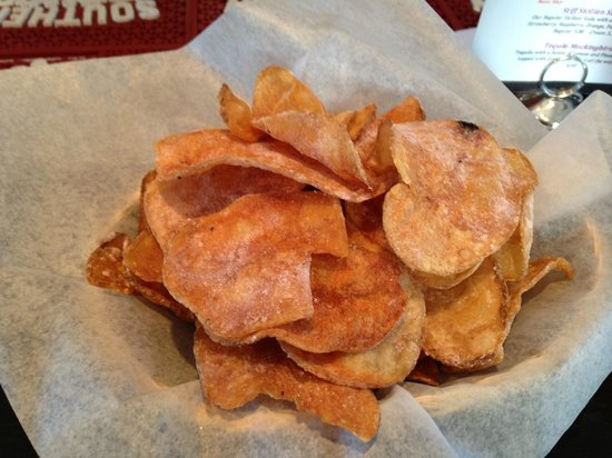 Spinella's : House chips - too good