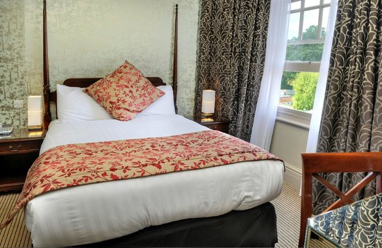 The Crown Manor House Hotel: Double Room
