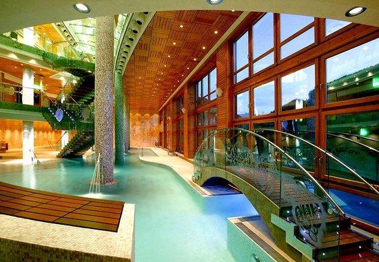 Sport hotel village soldeu andorre voir les tarifs for Hotel axe les bains