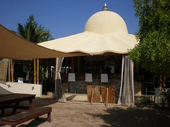 Vilanculos Food Guide: 10 Must-Eat Restaurants & Street Food Stalls in Vilanculos
