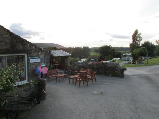 Howgill Holidays Caravan Park and B&B: Howgill Lodge Reception
