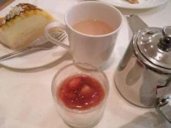 Andersen Kitchen Buffet: 紅茶