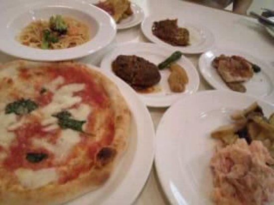 Andersen Kitchen Buffet: ピザが美味しい