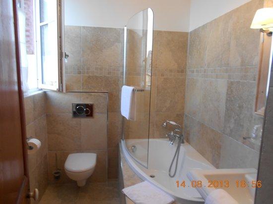 La Maison d'Emilie : La salle de bain