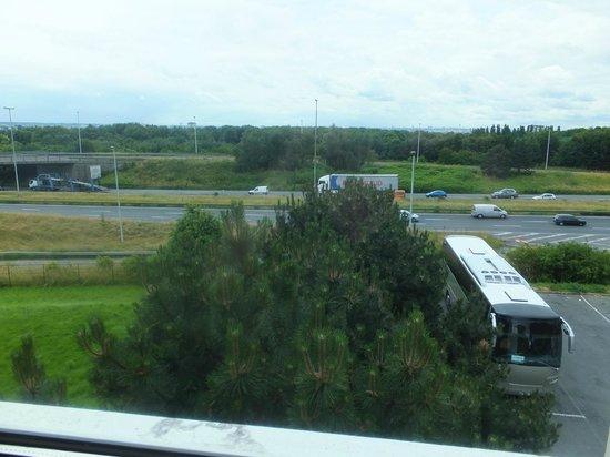 Ibis Villepinte Parc Expos: Vue depuis la chambre