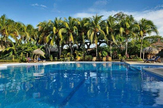 Hotel Granada: Piscina