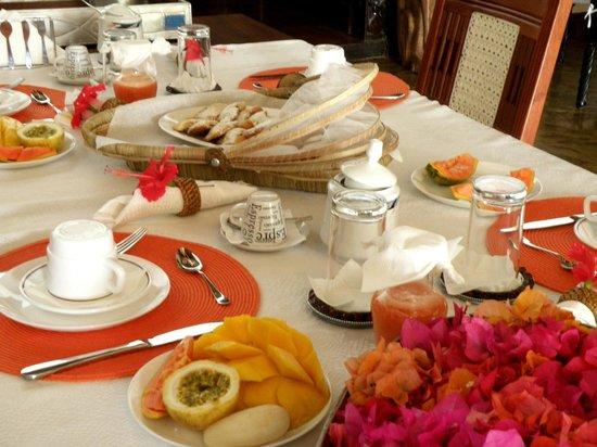 Luna House Malindi: colazione da re