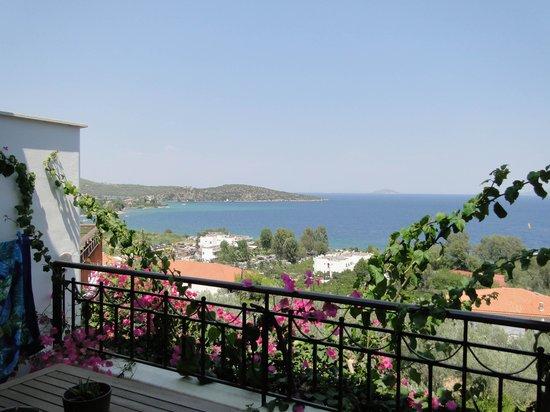 Yialasi: vue du balcon