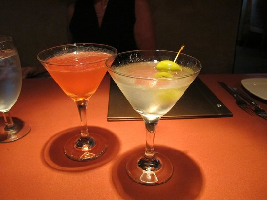 Copper Falls Steakhouse: The entree price includes a complimentary martini