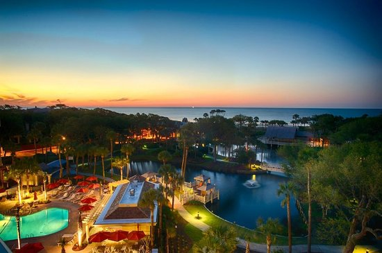 Sonesta Resort Hilton Head Island: Sunrise over hotel grounds