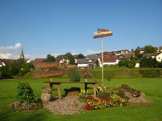 Ferienhof Breig: Begruessung Ortseingang 1