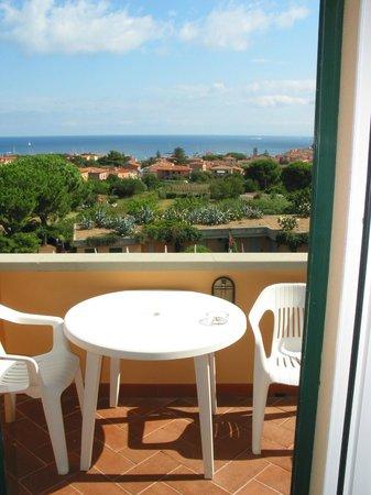 Hotel Residence Isola Verde : Terrazzo