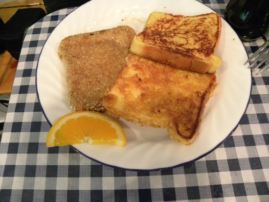 Nelscott Cafe: Delicious french toast sampler