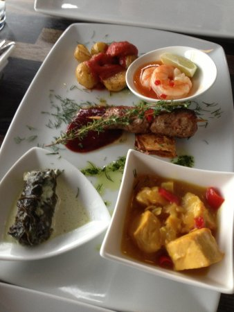 Over Aaen: 2nd set of the 11 tapas menu