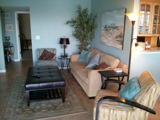 Dockside Condos: 405 designer living room