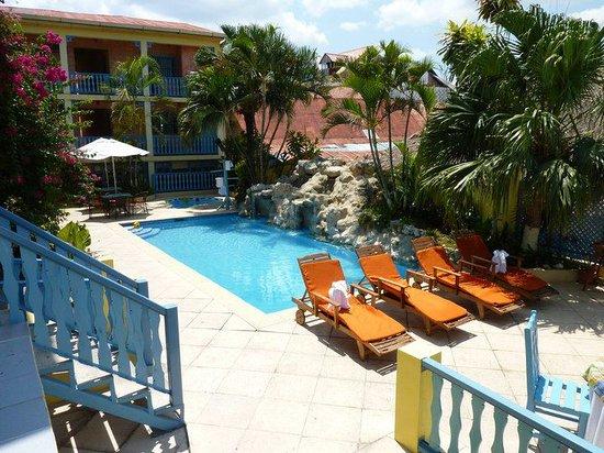 Photo of Hotel Casona de la Isla Flores