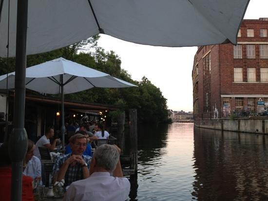 Freischwimmer: distesa sul canale