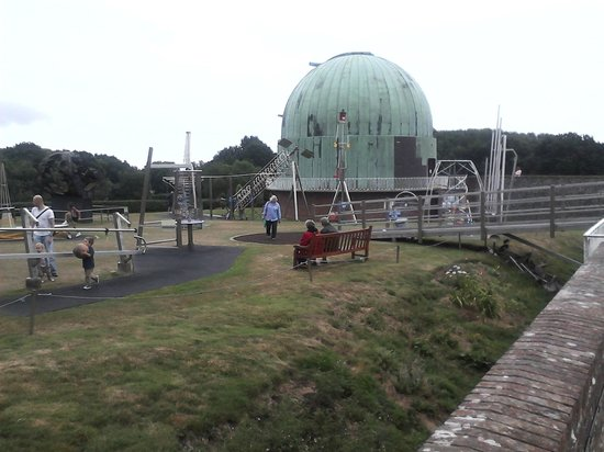 The Observatory Science Centre: A Dome!