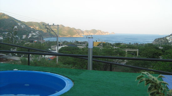 Hotel Kikuxtah : Se divisa la hermosa Bahía de Taganga.