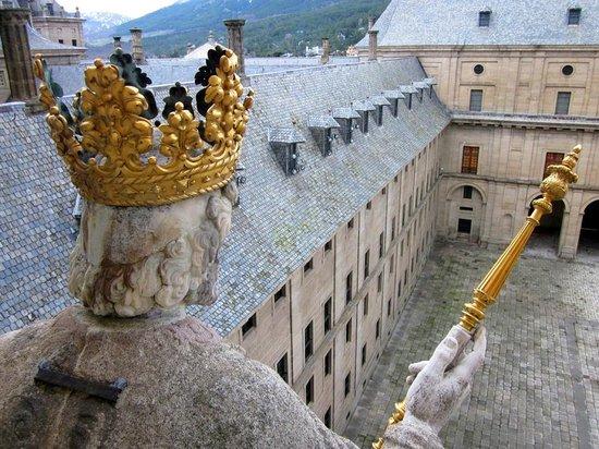 埃尔·埃斯科里亚皇家修道院