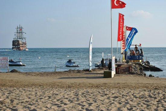 Hotel Side Bella Luna: Strand