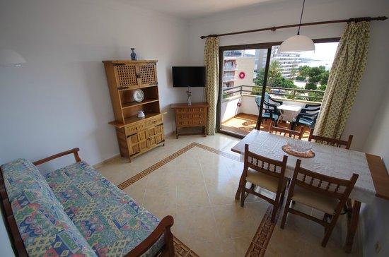 Marina Apartments: Living room 1
