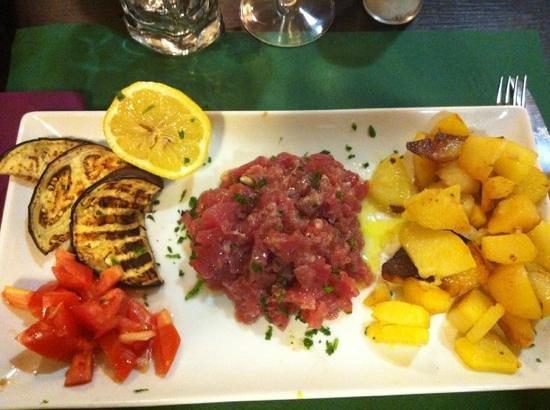 Trattoria Lo Cherippo: tartar di tonno